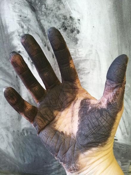 dusty-hand