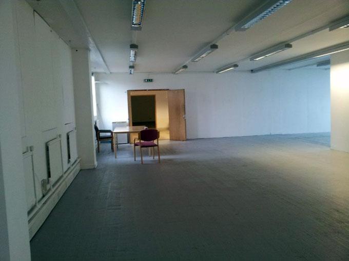 empty-gallery