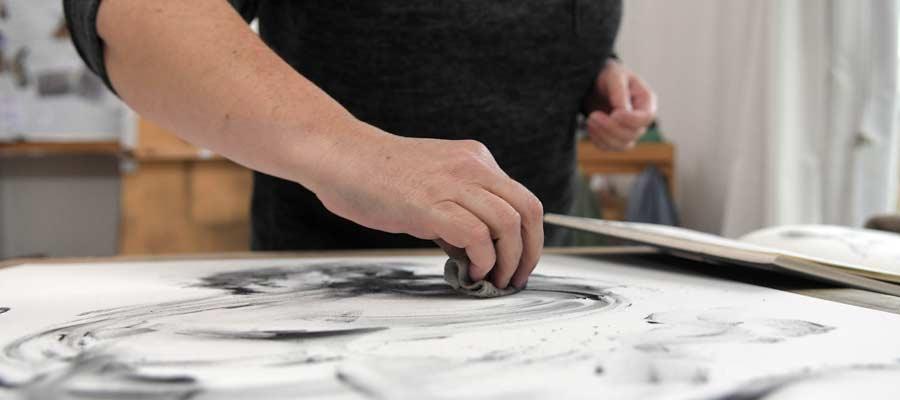 TansyLeeMoir drawing close up